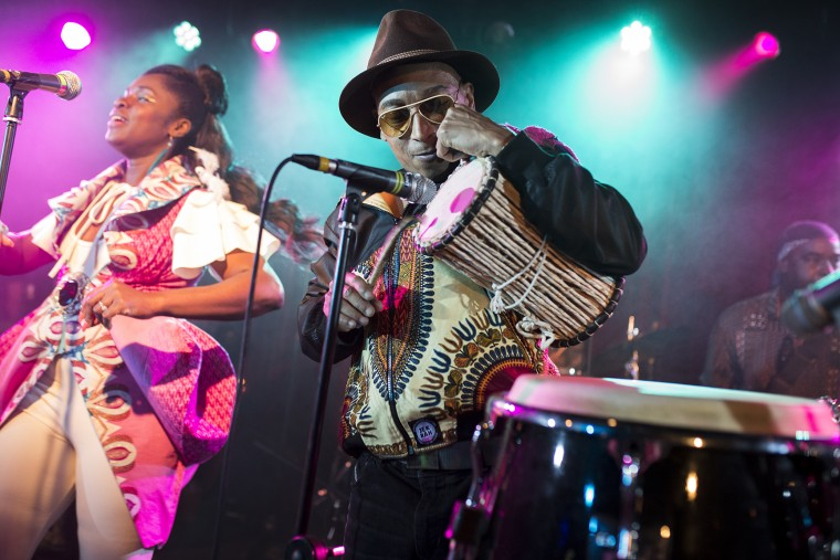 Фото Ibibio Sound Machine